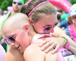 Twin sisters fight cancer together