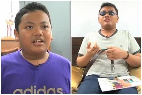 """23岁的Nazirul Sarhan Bin Sukhaimi(图右)出世时眼睛就出了问题,但他不但没有放弃自己,还为疼爱的弟弟学起""""魔术"""",希望能够激发弟弟对学习的热忱。"""