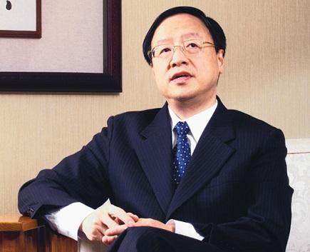 台湾行政院长江宜桦谈起父亲的失智症,几度红了眼眶。(记者苏健忠/摄影)