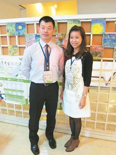 实习教师欧大荣(左)和陈晓雯(右),深入偏乡学校教书获教部表扬。 记者林秀姿/摄影
