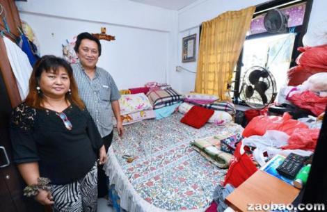 陈金泰夫妇住在菜市路一房一厅的租赁单位。(摄影/刘庆成)