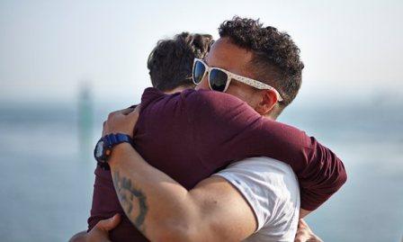 160427 Hug a Brit