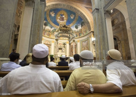 160817 Muslims attended Mass on a Sunday 3